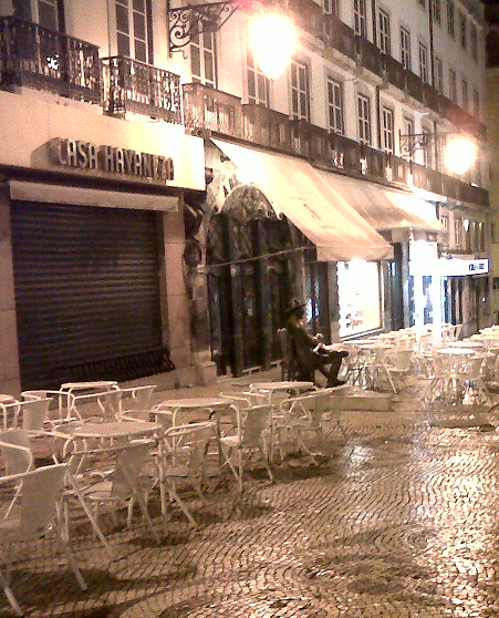 Holidays-in-Portugal-City-Break-tours-lisbon-Chiado-Pessoa