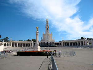 Fatima & Obidos Tour - Fatima Sanctuary