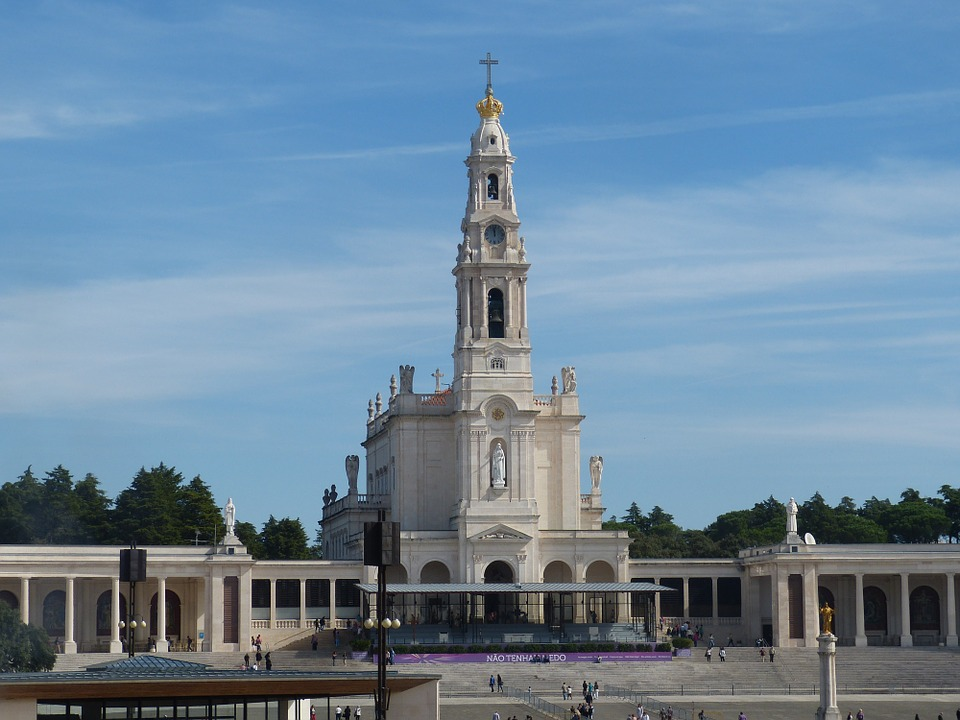 holidays-in-portugal-city-break-tours-fatima