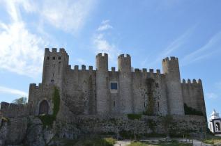 medieval-castle-111783_960_720.jpg