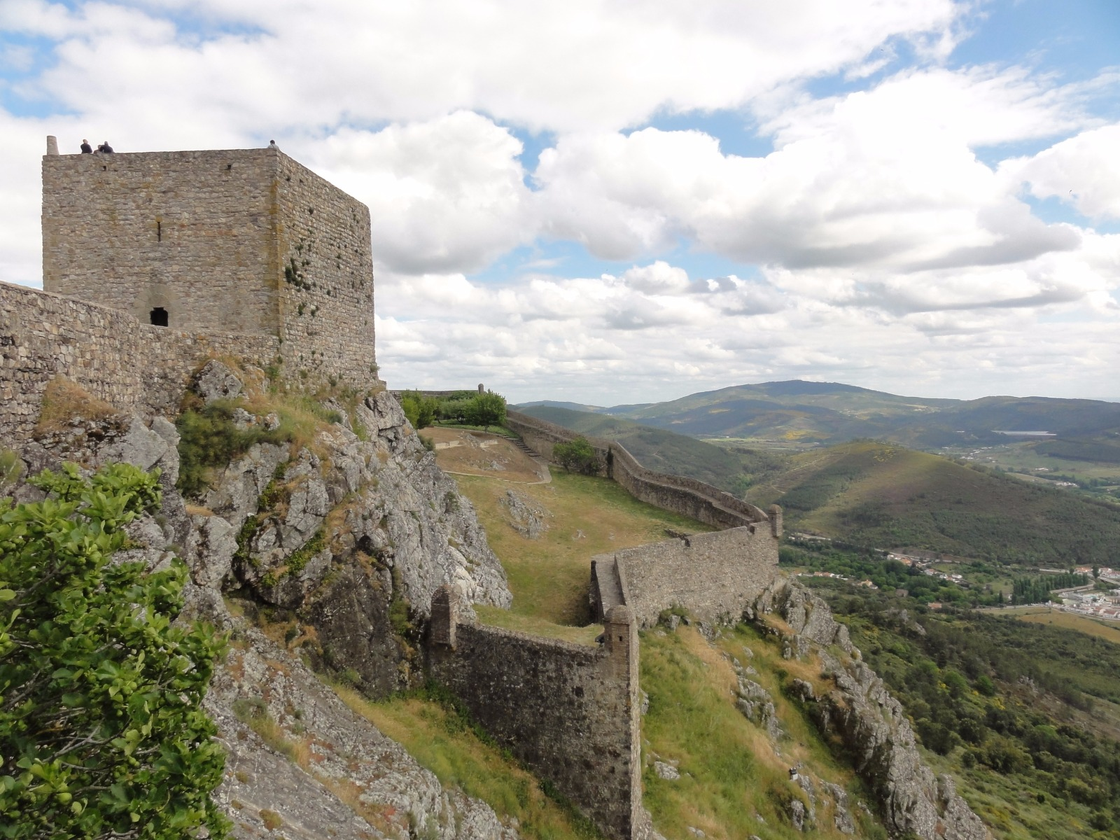 marvo and castelo de vide two castles that marked portuguese history